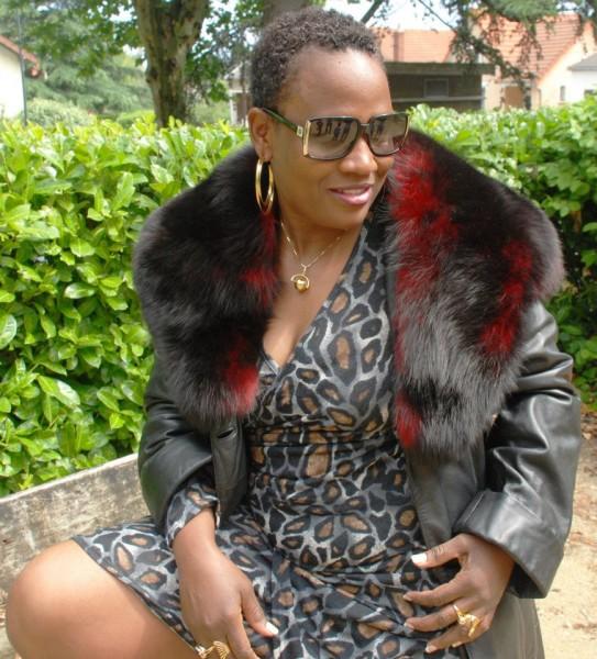 L'artiste chanteur AKRA Djina