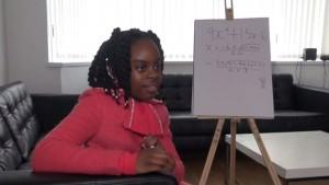 Okade Esther, une fillette britannique de 10 ans, vient d'être admise à l'Open University en licence de mathématiques