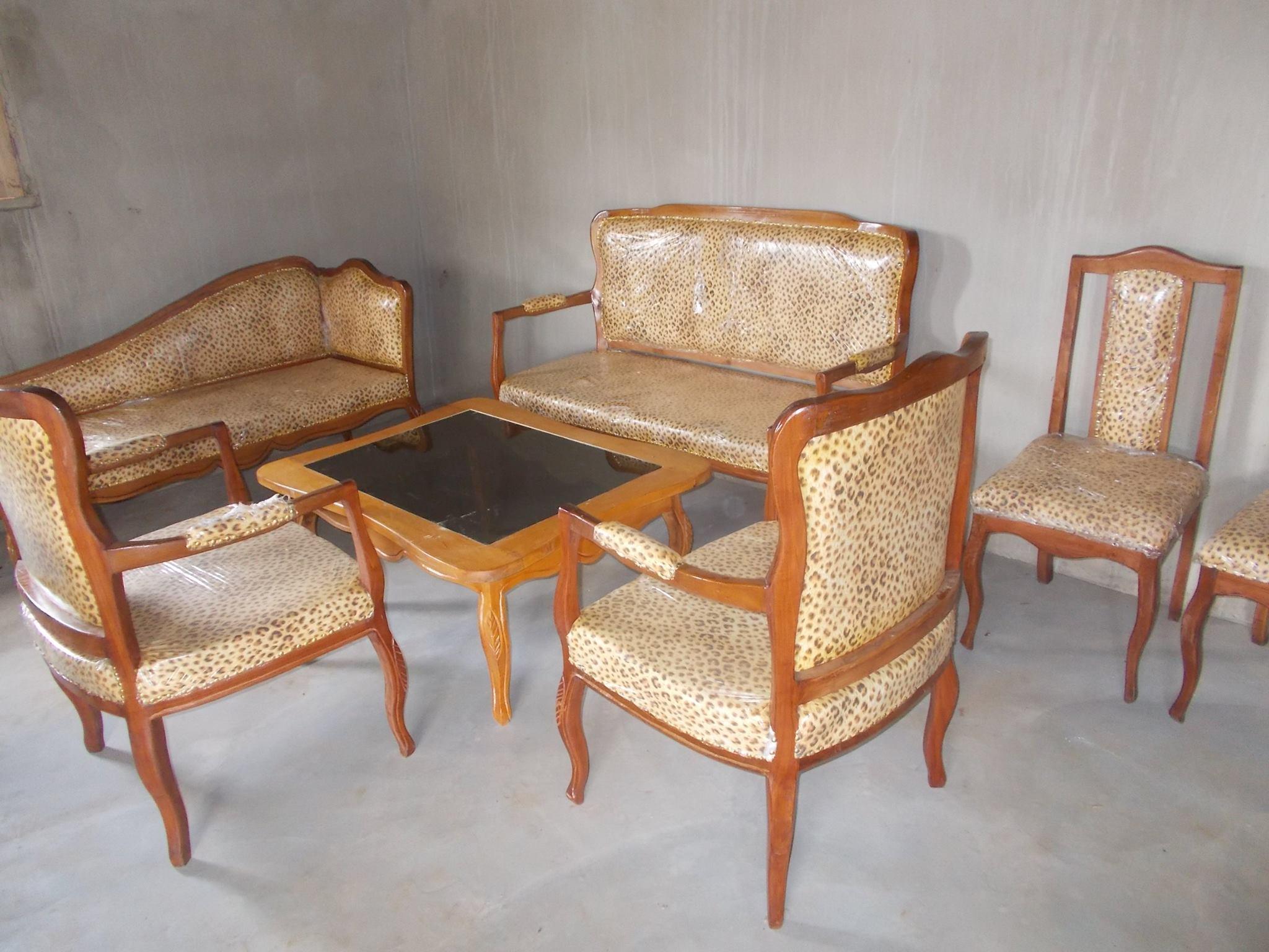 Le salon d honneur du palais pr sidentiel abl marie for Salon d honneur grand palais