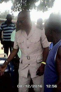 Le sous-préfet, Bakayoko Kassoum et le maire Djédjé Ziahourou de Zikisso sous-préfecture et Zikisso commune, respectivement, présentent leur condoléances à la famille de Dogbolé Fabrice mort de façon tragique.